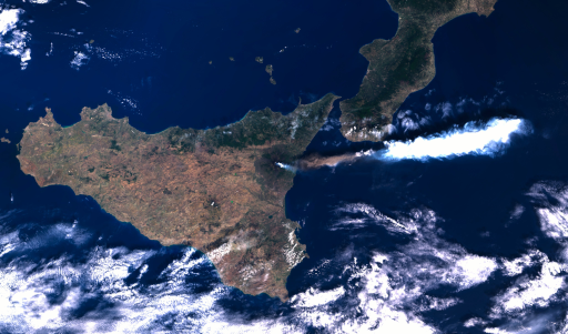 Poor visualization of recent Etna activities from Sentinel-3 OLCI data with distorted colors and unnatural color clipping